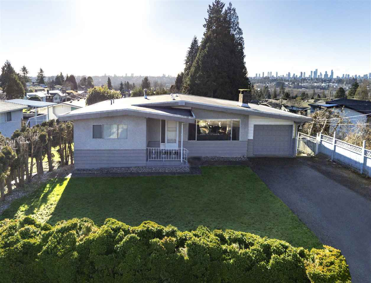 """Main Photo: 6602 DELWOOD Court in Burnaby: Parkcrest House for sale in """"Parkcrest"""" (Burnaby North)  : MLS®# R2331076"""