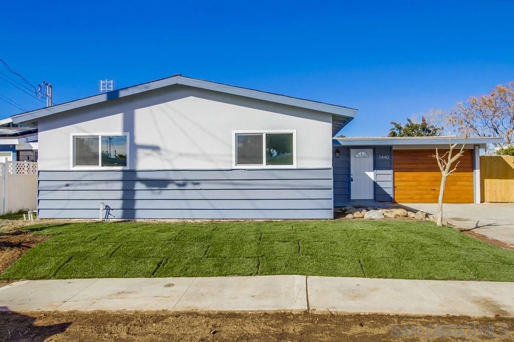 Main Photo: CLAIREMONT House for sale : 4 bedrooms : 5440 Norwich Street in San Diego