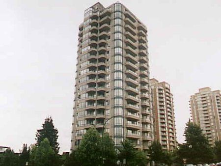 Main Photo: 605-4603 Hazel street in Burnaby: Forest Glen BS Condo for sale (Burnaby South)  : MLS®# V373710