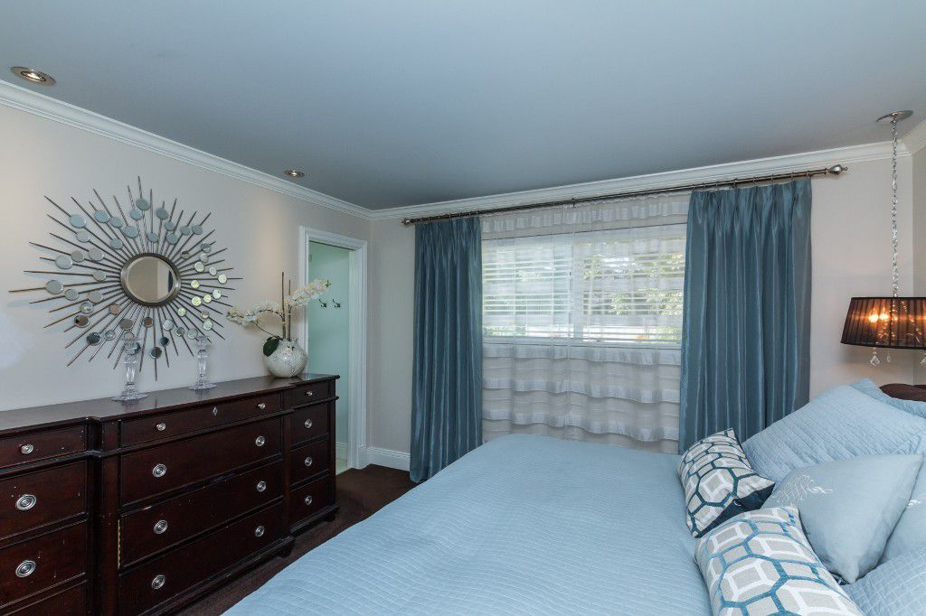 Photo 15: Photos: 1985 PETERSON Avenue in Coquitlam: Cape Horn House for sale : MLS®# V1067810