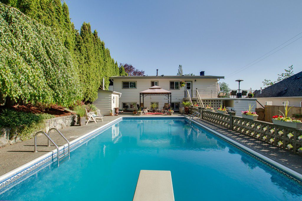 Photo 38: Photos: 1985 PETERSON Avenue in Coquitlam: Cape Horn House for sale : MLS®# V1067810