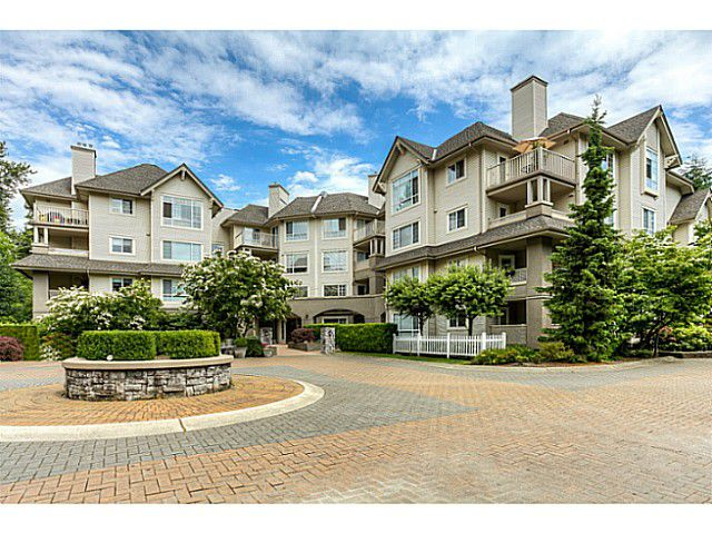 """Main Photo: 120 1252 TOWN CENTRE Boulevard in Coquitlam: Canyon Springs Condo for sale in """"The Kennedy"""" : MLS®# V1070670"""