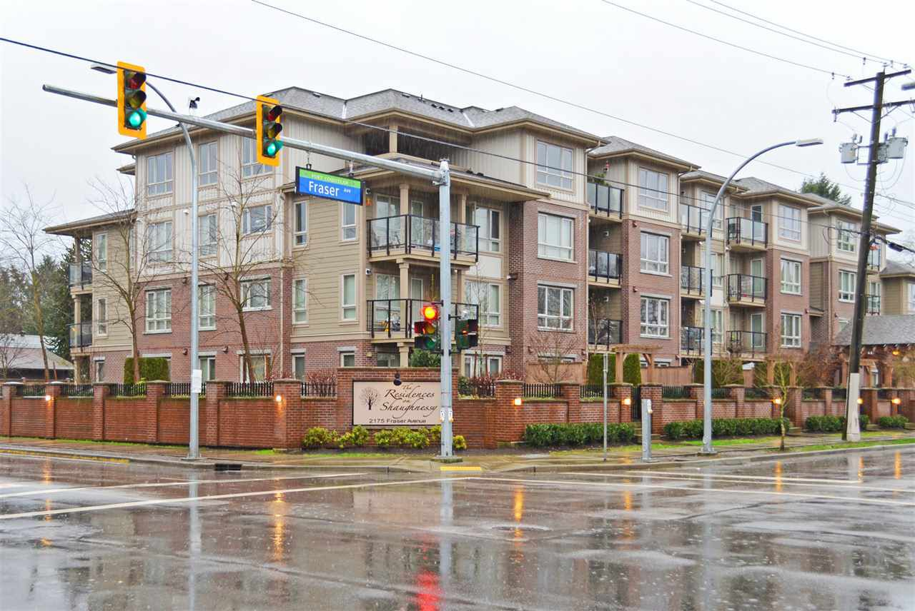 """Main Photo: 305 2175 FRASER Avenue in Port Coquitlam: Glenwood PQ Condo for sale in """"THE RESIDENCES ON SHAUGHNESSY"""" : MLS®# R2037187"""