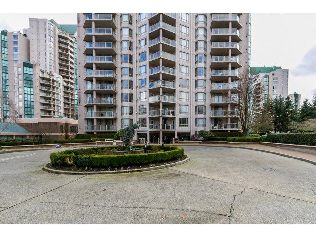 """Main Photo: 208 1199 EASTWOOD Street in Coquitlam: North Coquitlam Condo for sale in """"THE SELKIRK"""" : MLS®# R2040673"""
