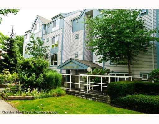 Main Photo: 202 7465 SANDBORNE AVENUE in : South Slope Condo for sale : MLS®# V862494