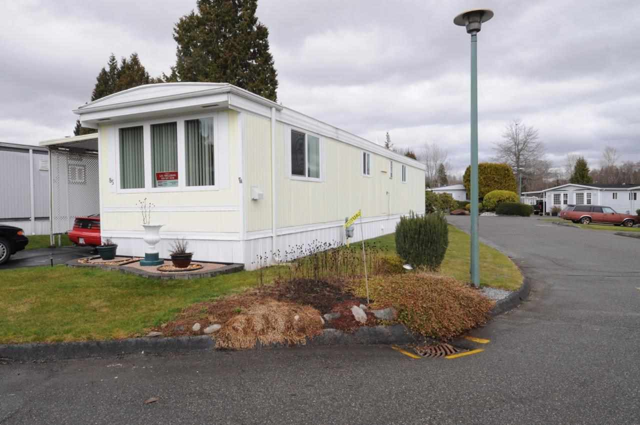 """Main Photo: 85 1840 160 Street in Surrey: King George Corridor Manufactured Home for sale in """"BREAKAWAY BAYS"""" (South Surrey White Rock)  : MLS®# R2141113"""