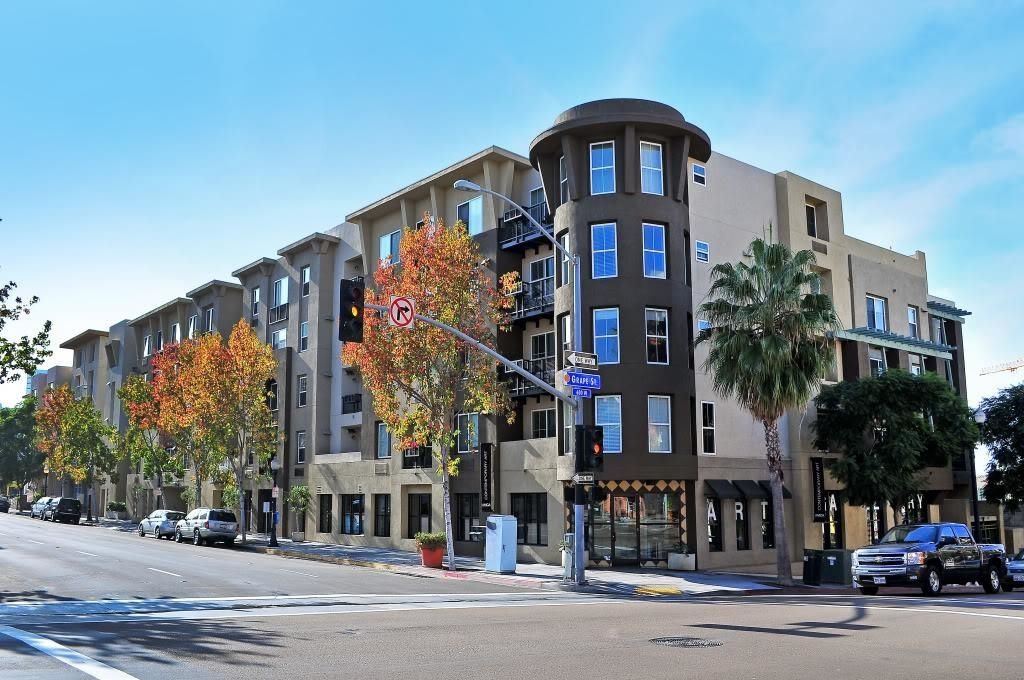 Main Photo: DOWNTOWN Condo for sale : 2 bedrooms : 1970 Columbia St #405 in San Diego