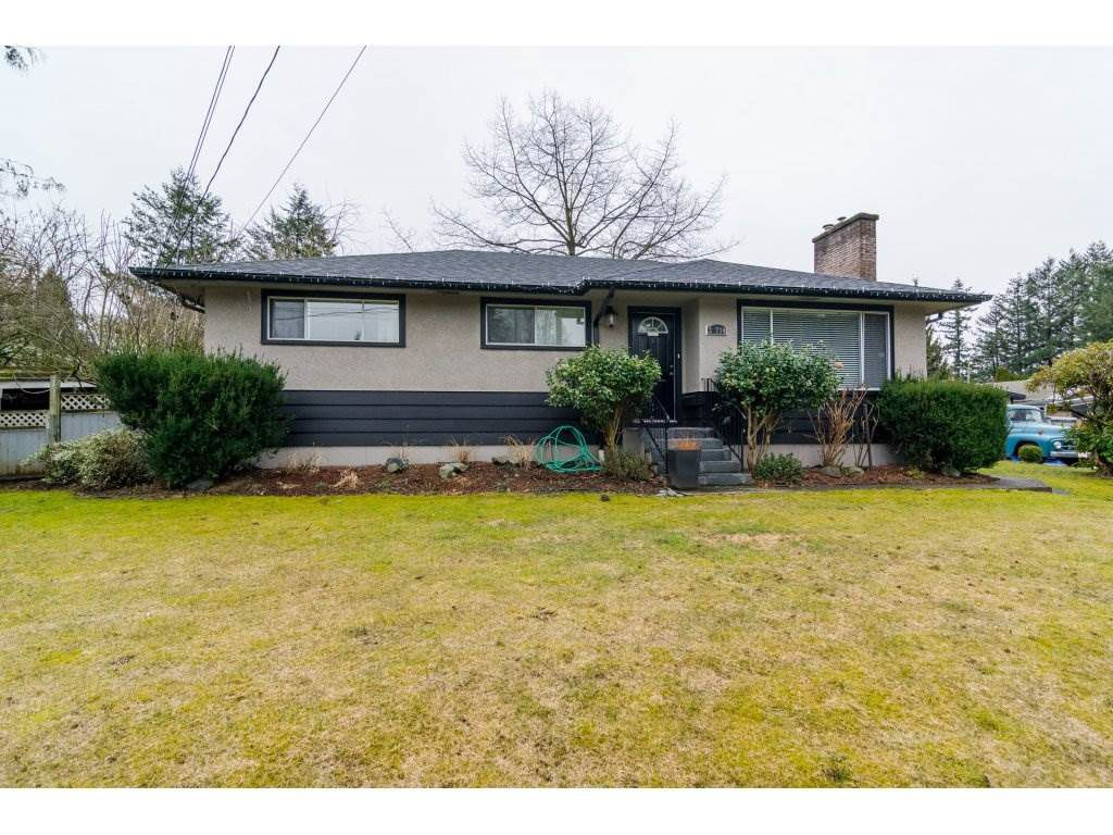 Main Photo: 33734 MAYFAIR Avenue in Abbotsford: Central Abbotsford House for sale : MLS®# R2143752