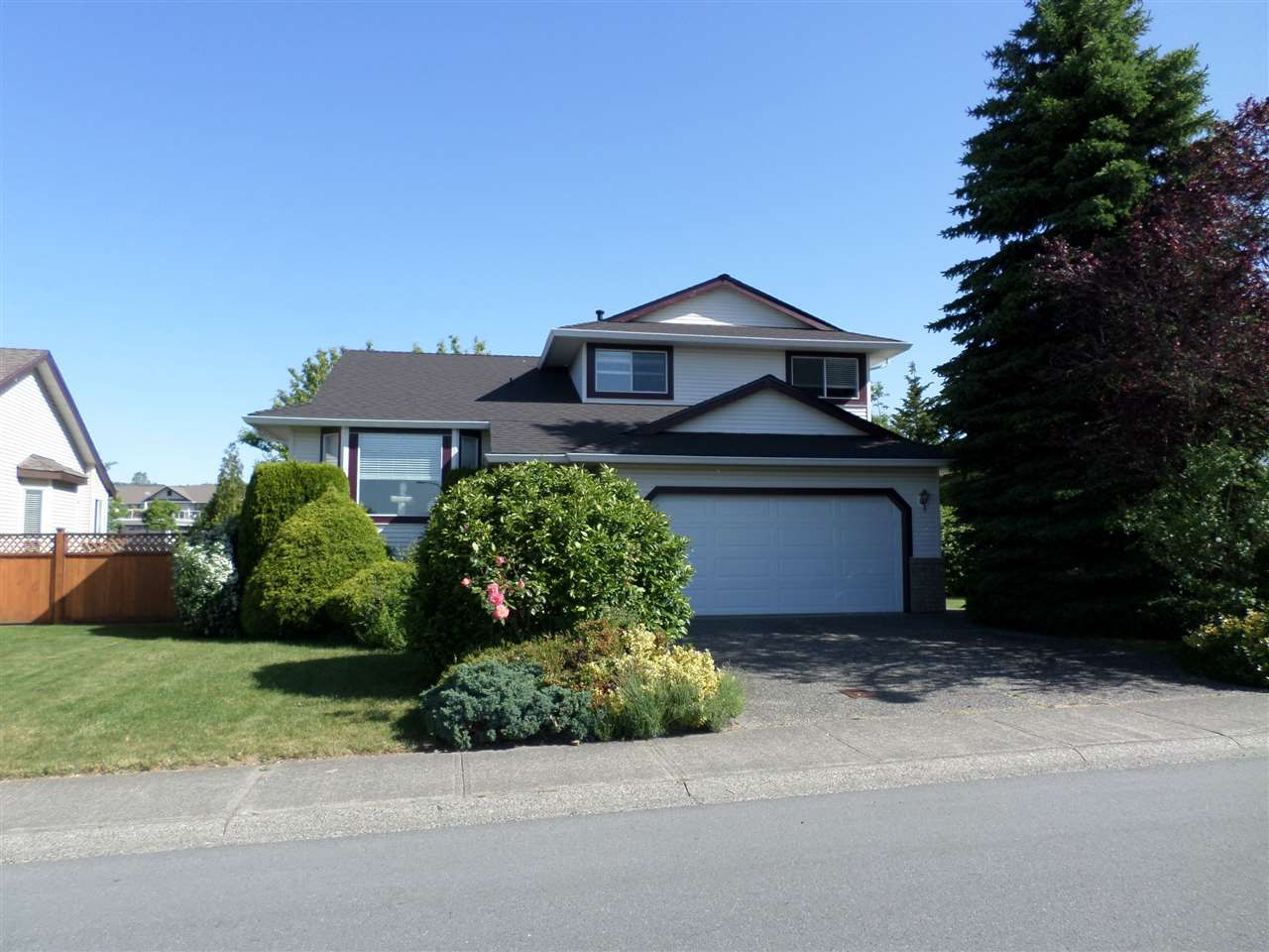 Main Photo: 31311 SOUTHERN Drive in Abbotsford: Abbotsford West House for sale : MLS®# R2174342
