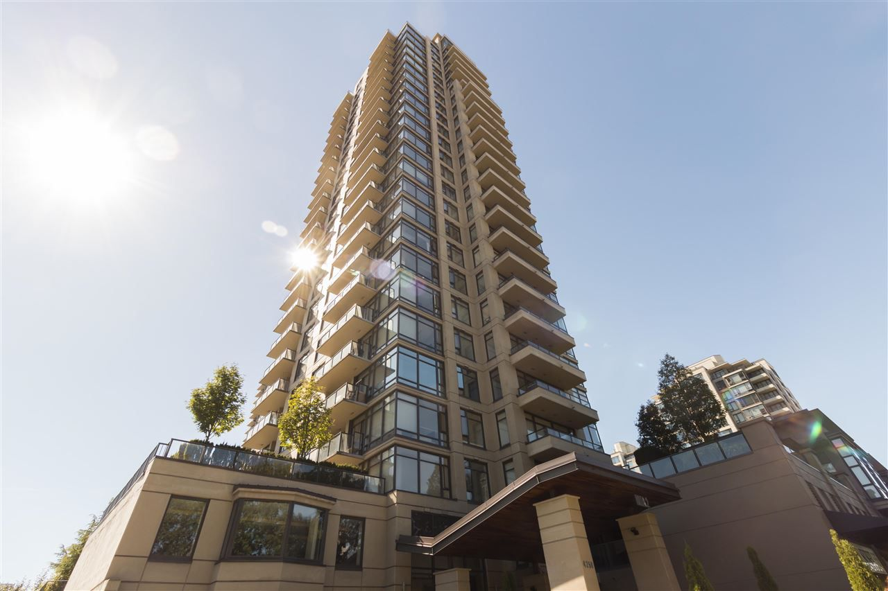 """Main Photo: 2602 4250 DAWSON Street in Burnaby: Brentwood Park Condo for sale in """"OM2"""" (Burnaby North)  : MLS®# R2204133"""
