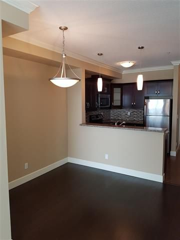 Photo 4: Photos: 409 13897 Fraser Highway in Surrey: Whalley Condo for sale : MLS®# R2208513