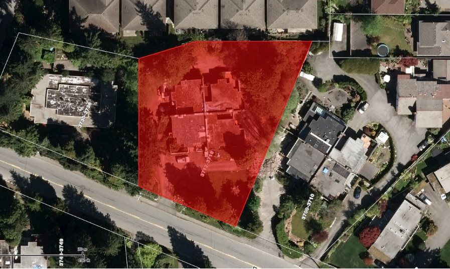 Main Photo: 3712 EDGEMONT Boulevard in North Vancouver: Edgemont House Fourplex for sale : MLS®# R2236351