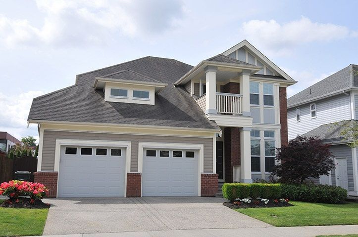 "Main Photo: 19420 HOFFMANN Way in Pitt Meadows: South Meadows House for sale in ""River's Edge"" : MLS®# R2273978"