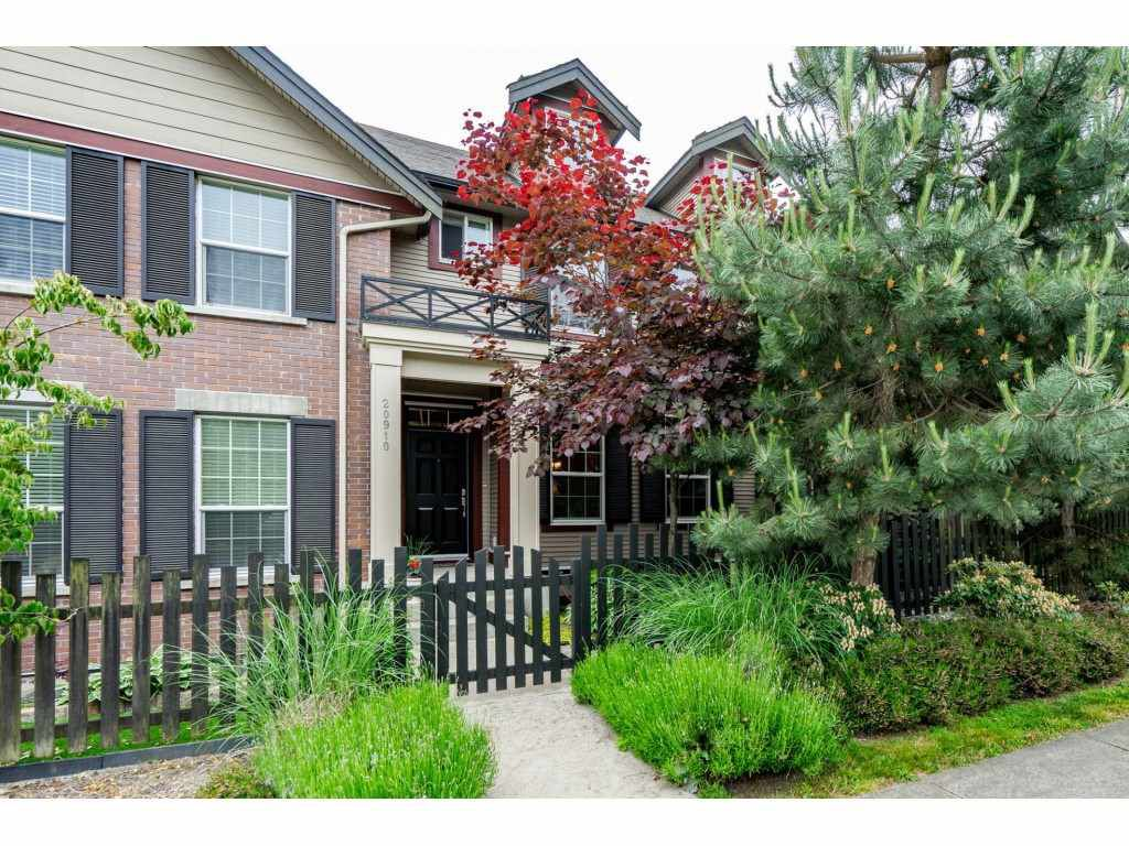 "Main Photo: 20910 72 Avenue in Langley: Willoughby Heights Condo for sale in ""Milner Heights"" : MLS®# R2296284"