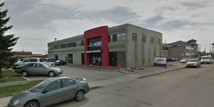 Main Photo: 10015 168 Street in Edmonton: Zone 22 Industrial for lease : MLS®# E4129295