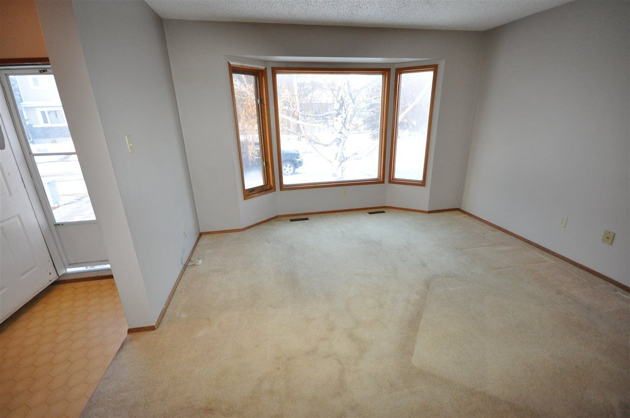 Photo 3: Photos: 5807 188 Street in Edmonton: Zone 20 House for sale : MLS®# E4138503
