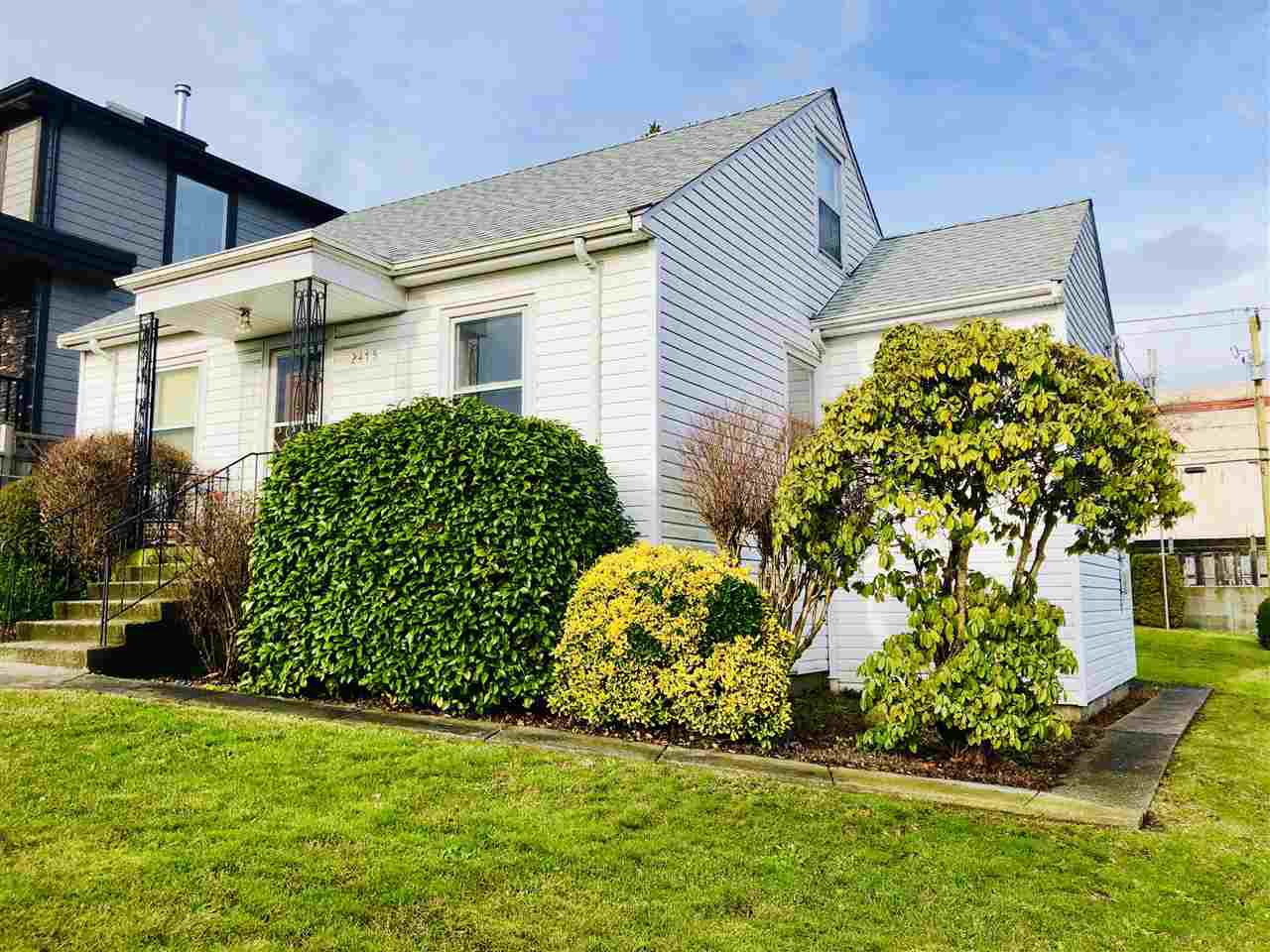Main Photo: 2475 E 2ND Avenue in Vancouver: Renfrew VE House for sale (Vancouver East)  : MLS®# R2328625