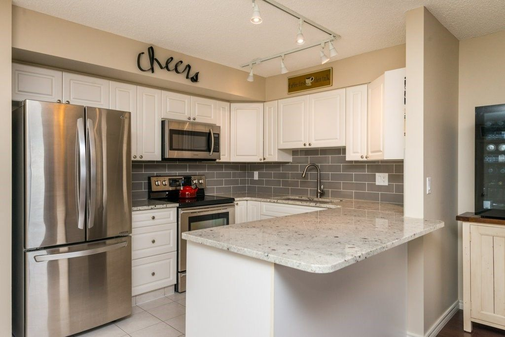 Main Photo: 1406 10909 103 Avenue in Edmonton: Zone 12 Condo for sale : MLS®# E4141578