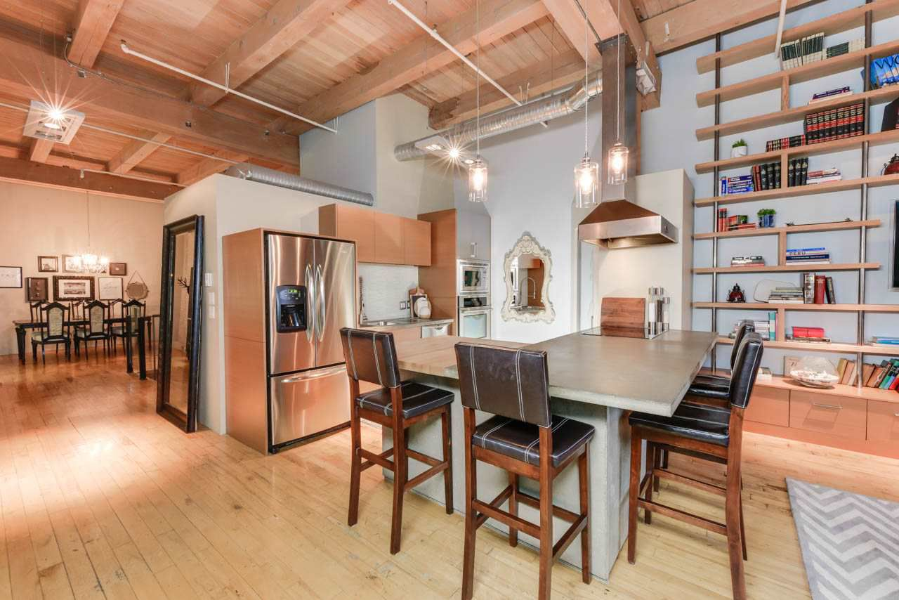 Main Photo: 118 10309 107 Street in Edmonton: Zone 12 Condo for sale : MLS®# E4147350