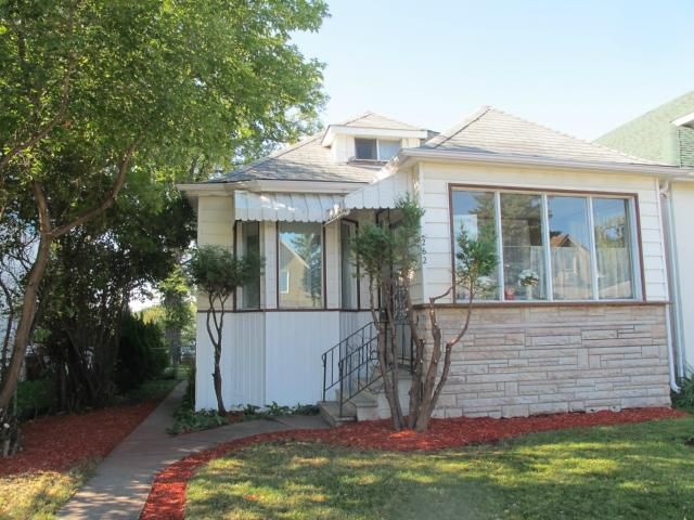 Main Photo:  in WINNIPEG: East Kildonan Residential for sale (North East Winnipeg)  : MLS®# 1119017