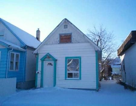 Main Photo: 1018 Burrows Avenue: Residential for sale (North End)  : MLS®# 2720211