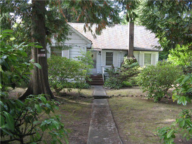 Main Photo: 3355 DUVAL Road in North Vancouver: Lynn Valley House for sale : MLS®# V974486