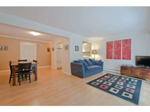 "Main Photo: 70 1947 PURCELL Way in North Vancouver: Lynnmour Condo for sale in ""LYNNMOUR SOUTH"" : MLS®# V1047717"