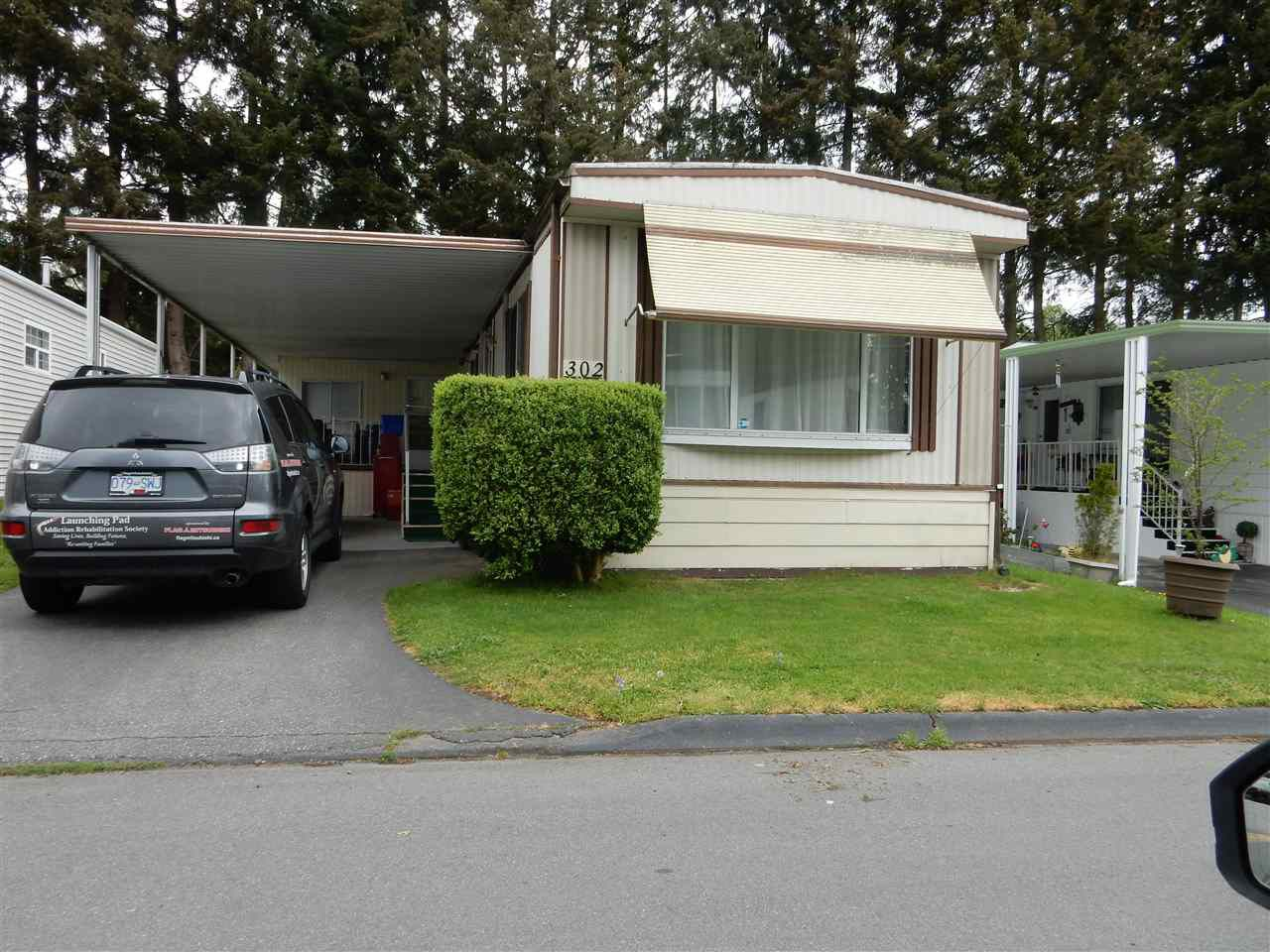 "Main Photo: 302 1840 160 Street in Surrey: King George Corridor Manufactured Home for sale in ""BREAKAWAY BAYS"" (South Surrey White Rock)  : MLS®# R2070505"
