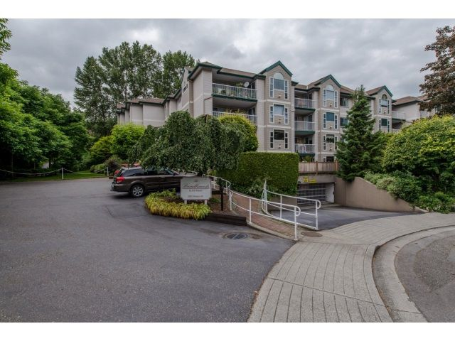 "Main Photo: 202 2963 NELSON Place in Abbotsford: Central Abbotsford Condo for sale in ""Bramblewoods"" : MLS®# R2071710"
