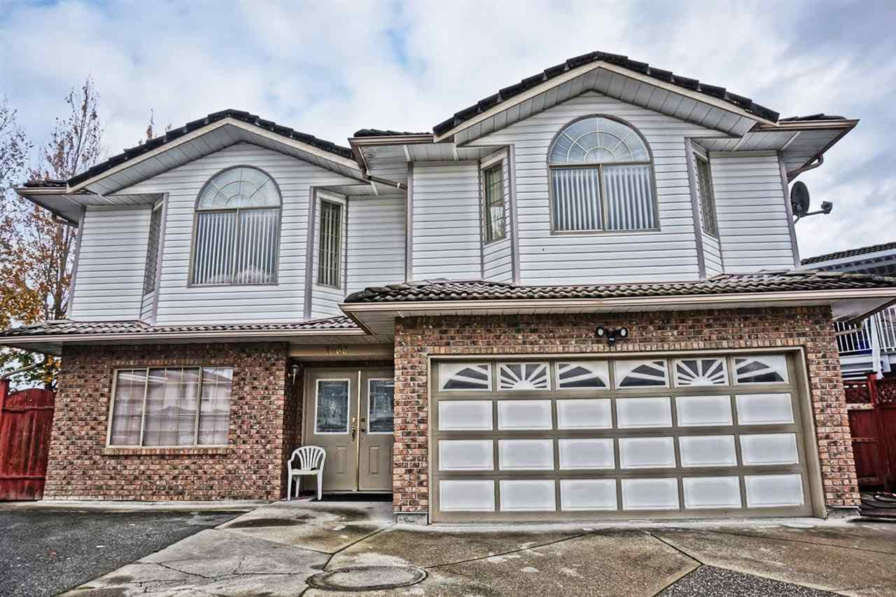 Main Photo: 7086 126A Street in Surrey: West Newton House for sale : MLS®# R2119592