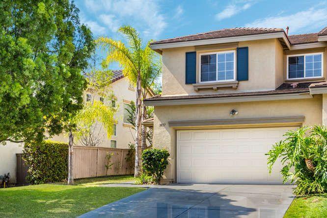 Main Photo: CARLSBAD EAST Twinhome for sale : 4 bedrooms : 3037 Rancho La Presa in Carlsbad