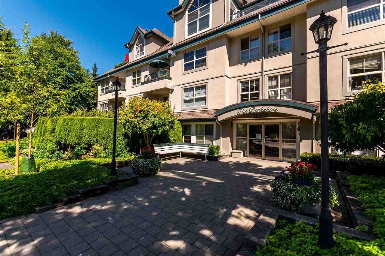 "Main Photo: 102 15325 17 Avenue in Surrey: King George Corridor Condo for sale in ""Berkshire"" (South Surrey White Rock)  : MLS®# R2192161"