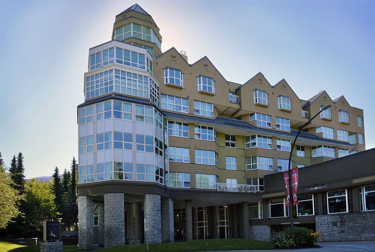 "Main Photo: 407 4557 BLACKCOMB Way in Whistler: Benchlands Condo for sale in ""LE CHAMOIS"" : MLS®# R2193365"