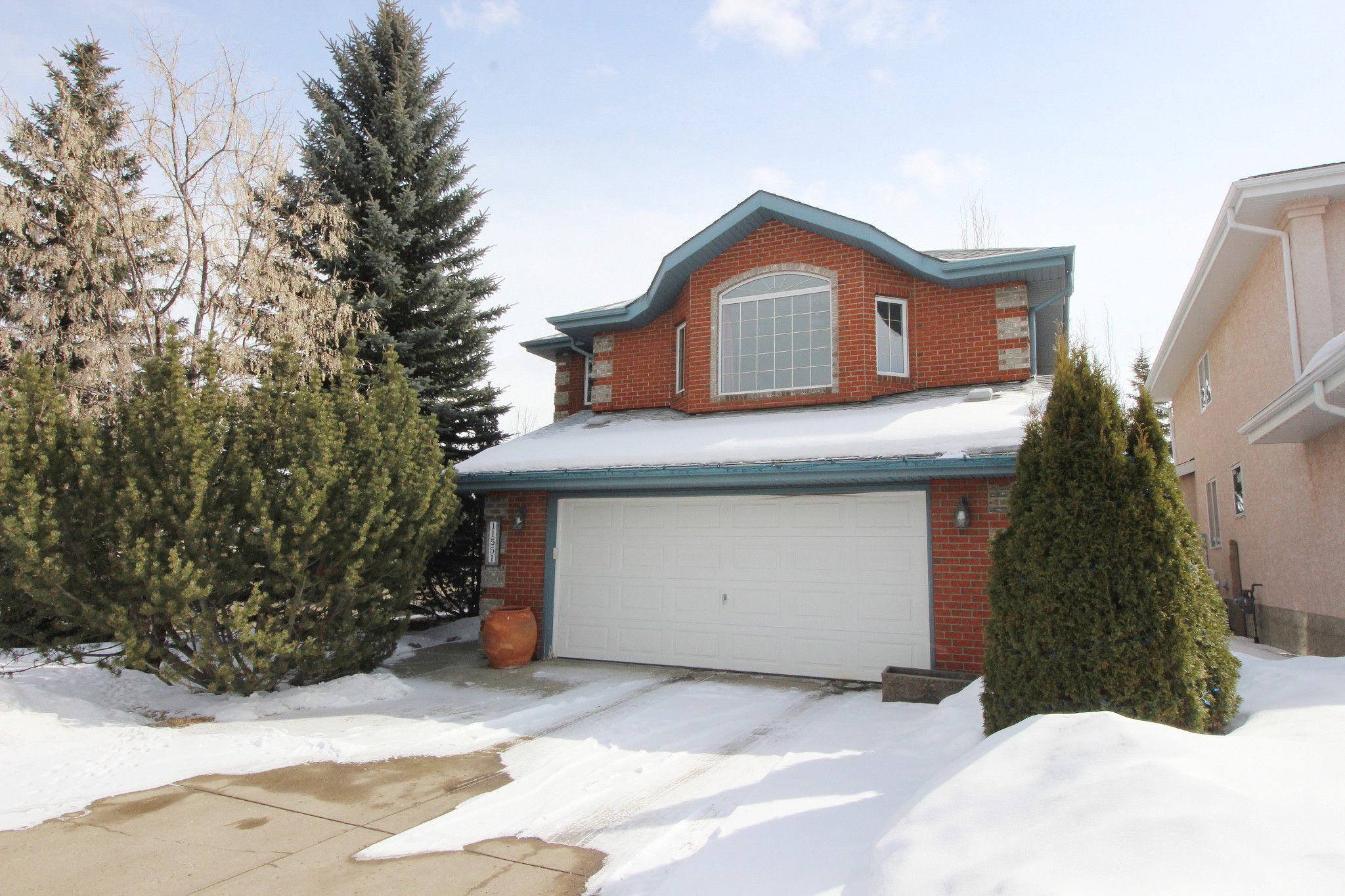 Main Photo: 11551 13 Avenue NW in Edmonton: House for sale