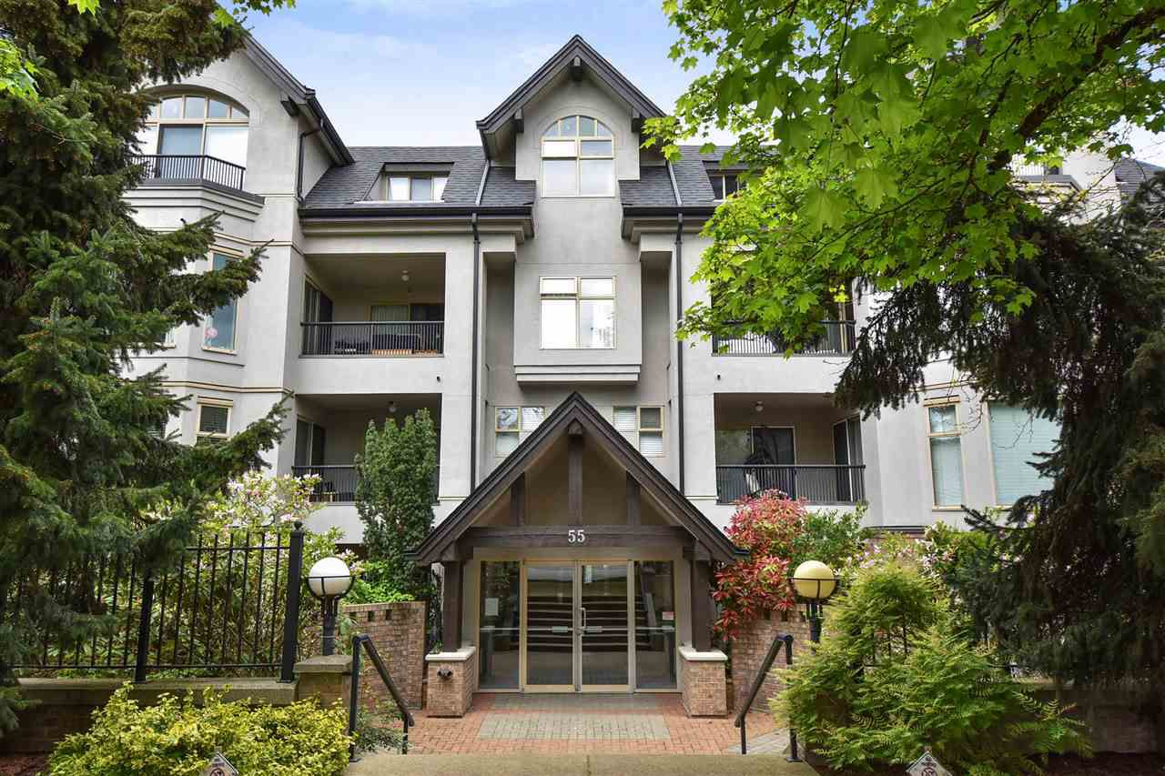 "Main Photo: 104 55 E 10TH Avenue in Vancouver: Mount Pleasant VE Condo for sale in ""ABBEY LANE"" (Vancouver East)  : MLS®# R2265111"