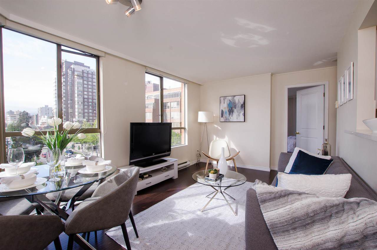 """Main Photo: 706 888 PACIFIC Street in Vancouver: Yaletown Condo for sale in """"PACIFIC PROMENADE"""" (Vancouver West)  : MLS®# R2387013"""