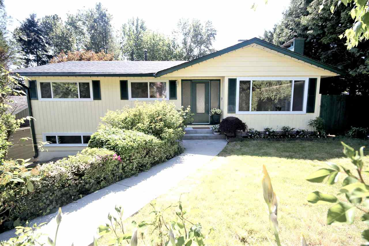 """Main Photo: 730 CUMBERLAND Street in New Westminster: The Heights NW House for sale in """"THE HEIGHTS"""" : MLS®# R2065598"""