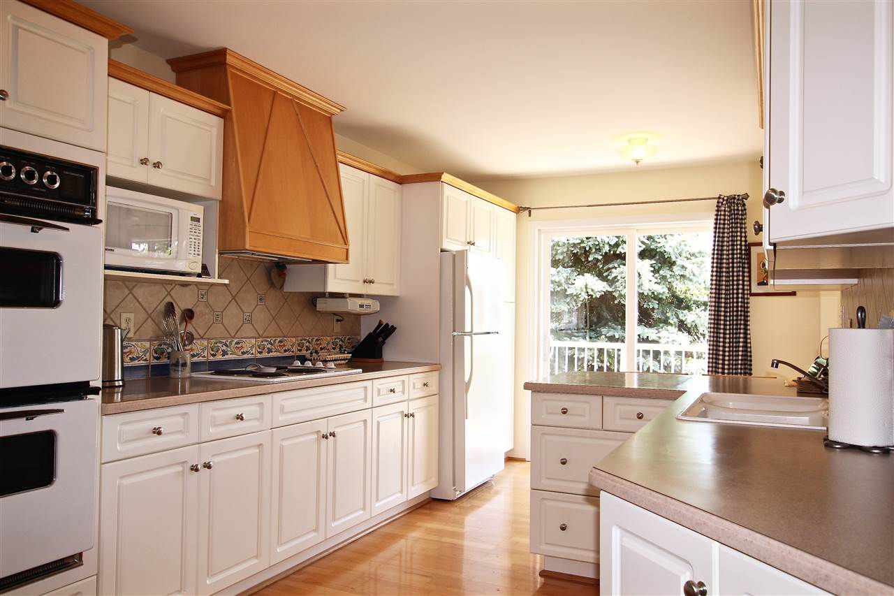Main Photo: 678 FAIRMONT Road in Gibsons: Gibsons & Area House for sale (Sunshine Coast)  : MLS®# R2177765