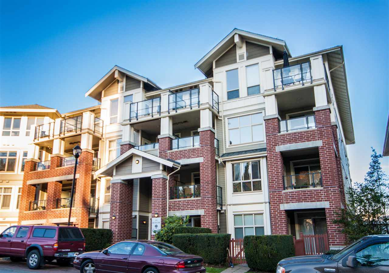 "Main Photo: 202 285 ROSS Drive in New Westminster: Fraserview NW Condo for sale in ""The Grove"" : MLS®# R2229890"