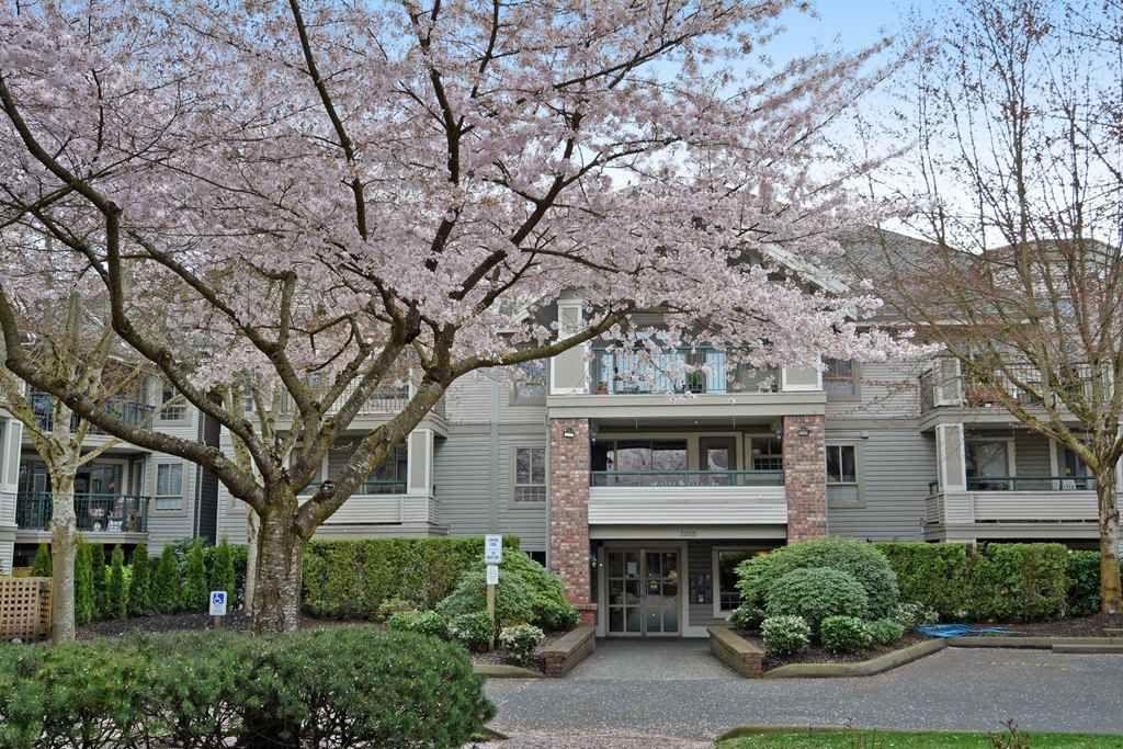 "Main Photo: 216 22025 48 Avenue in Langley: Murrayville Condo for sale in ""AUTUMN RIDGE"" : MLS®# R2251696"