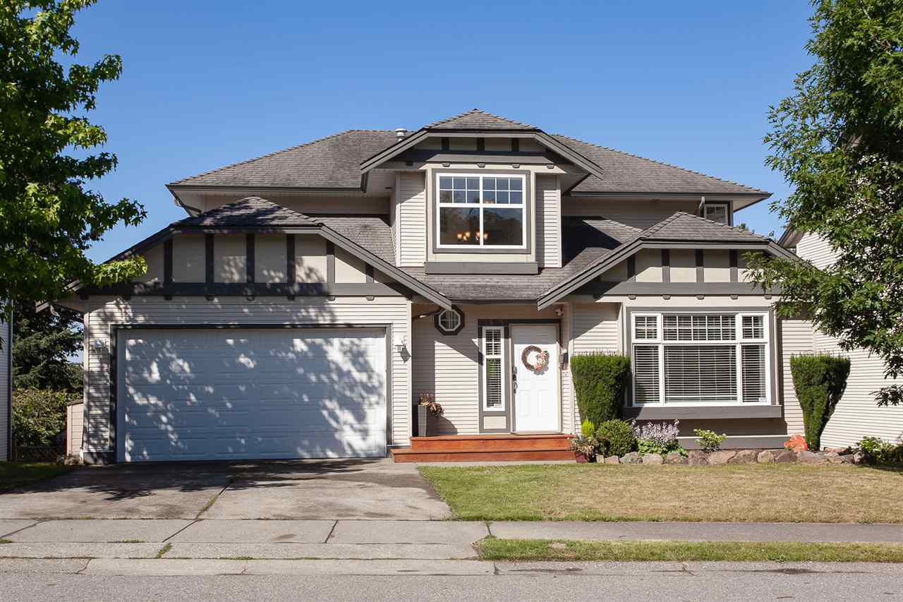 """Main Photo: 3385 MCKINLEY Drive in Abbotsford: Abbotsford East House for sale in """"Mckinley Heights"""" : MLS®# R2286668"""