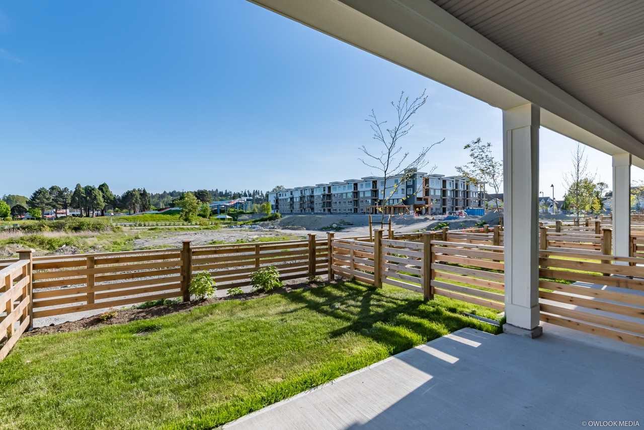 Main Photo: 328 1784 OSPREY Drive in Tsawwassen: Cliff Drive Townhouse for sale : MLS®# R2368000