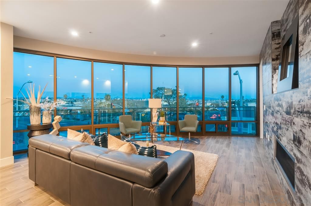 Main Photo: POINT LOMA Condo for sale : 3 bedrooms : 3025 Byron St #201 in San Diego