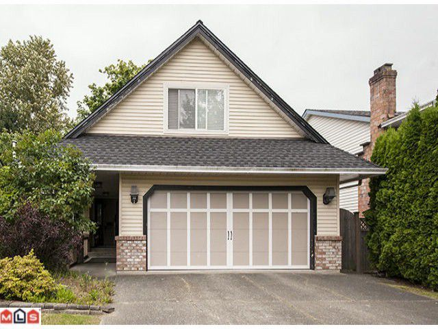 Main Photo: 15831 97A Avenue in Surrey: House for sale : MLS®# F1303836