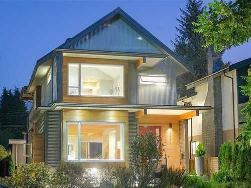 Main Photo: 1920 MAHON Ave in North Vancouver: Central Lonsdale Home for sale ()  : MLS®# V970475