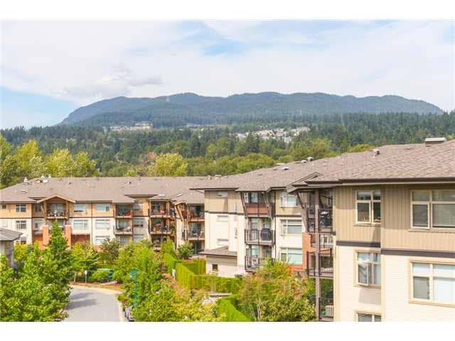 "Main Photo: 405 500 KLAHANIE Drive in Port Moody: Port Moody Centre Condo for sale in ""TIDES AT KLAHANIE"" : MLS®# V1142107"