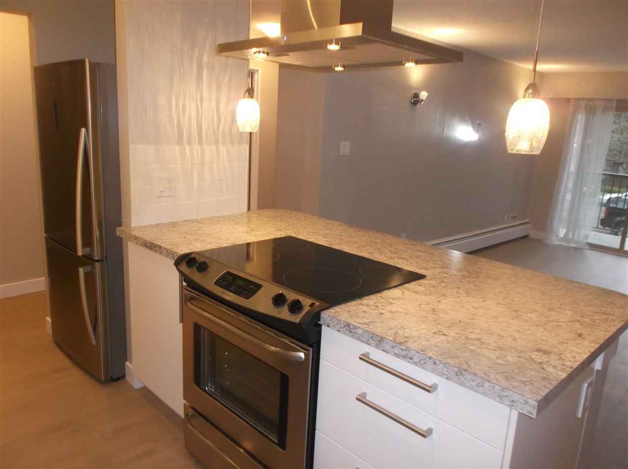 """Main Photo: 206 225 W 3RD Street in North Vancouver: Lower Lonsdale Condo for sale in """"Villa Valencia"""" : MLS®# R2023417"""