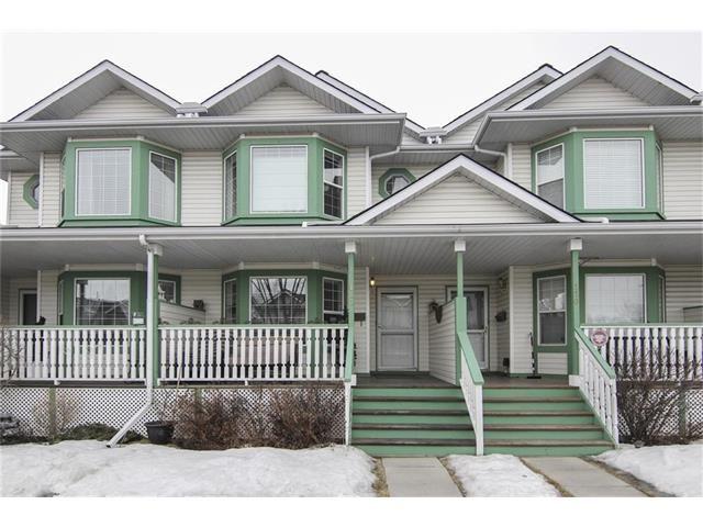 Main Photo: 118 MARTIN CROSSING Court NE in Calgary: Martindale House for sale : MLS®# C4050073