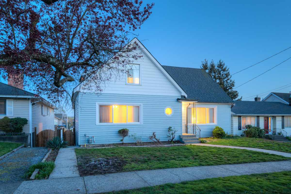 """Main Photo: 1728 DUBLIN Street in New Westminster: West End NW House for sale in """"WEST END"""" : MLS®# R2053372"""