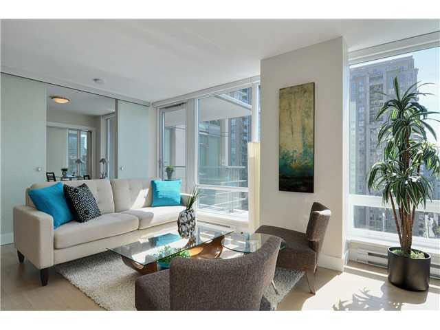 Main Photo: 1507 535 SMITHE STREET in : Downtown VW Condo for sale : MLS®# V952711
